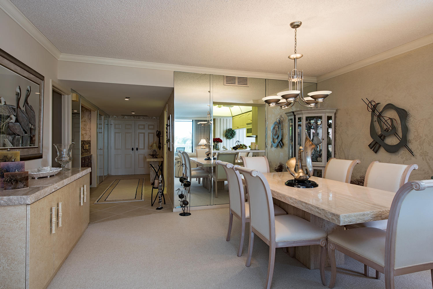 3100 Gulf Shore Blvd N 304-large-008-Dining-1499x1000-72dpi